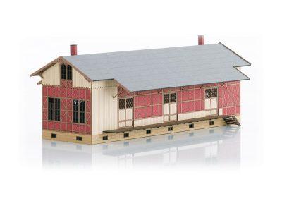 Bausatz Fachwerk-Güterschuppe <br/>TRIX 66383