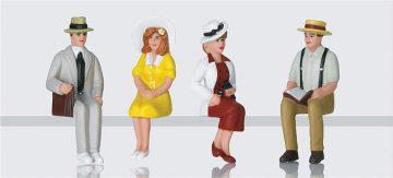 Amerikanische Figuren, sitzend <br/>LGB 51406 1