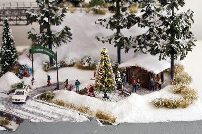 Weiße Weihnacht, Christbaum beleuchtet <br/>NOCH 11912