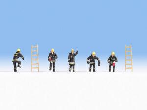 Feuerwehr (schwarze Schutzanzüge) <br/>NOCH 15021