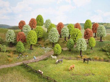 Frühlingsbäume, 10 Stück, 5 – 9 cm hoch <br/>NOCH 26906 1