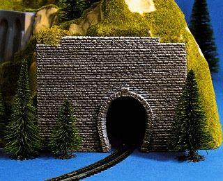 Vorsatz-Portal, 1-gleisig, 9 x 7 cm <br/>NOCH 44790