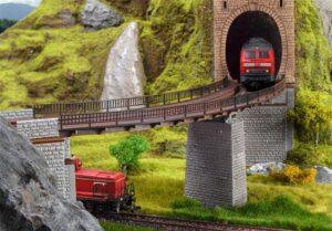 Trogbrücke, gebogen <br/>Vollmer 42547