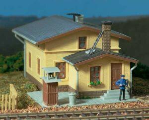 Bahnwärterwohnhaus  <br/>Auhagen 11338