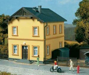 Bahnmeisterei  <br/>Auhagen 11349
