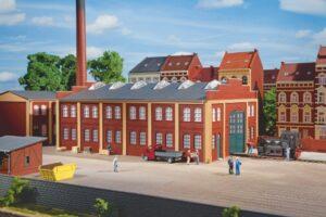 Werkhalle  <br/>Auhagen 11422