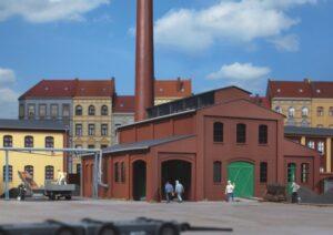 Heizhaus mit Schornstein <br/>Auhagen 11431
