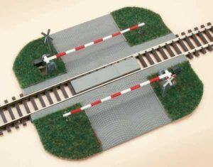 Bahnübergang, beschrankt <br/>Auhagen 41582
