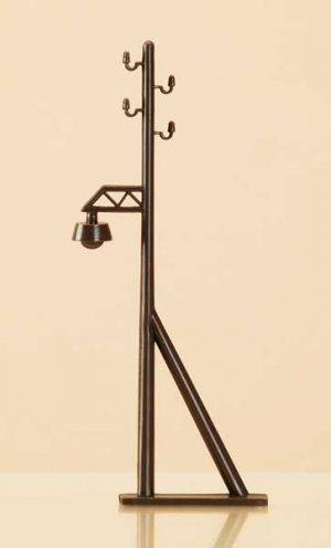 Freileitungsmasten mit Lampenattrappe <br/>Auhagen 42632