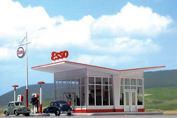 BUSCH 1005 <br/>Tankstelle 1