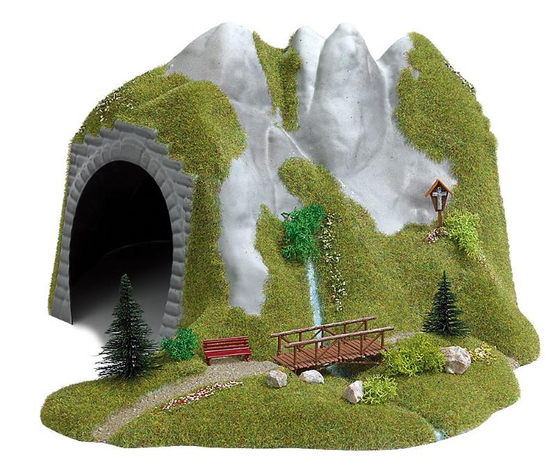 BUSCH 3016 <br/>Tunnel mit Bach und Holzsteg