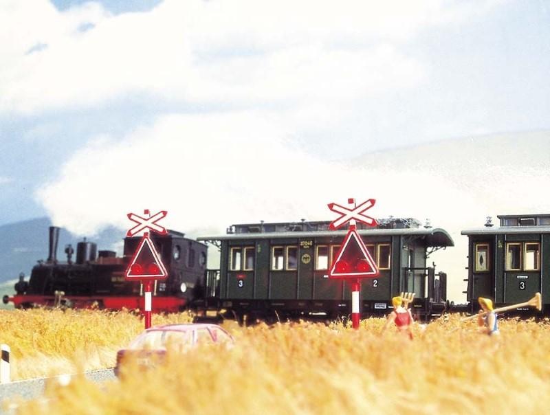 BUSCH 5966 <br/>Bahnübergang Schweiz