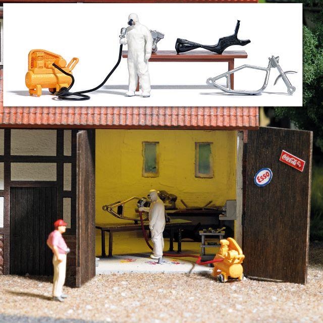 BUSCH 7811 <br/>Action Set: Hinterhof Lackierer