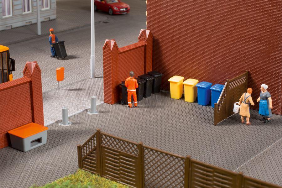 Auhagen 41649 <br/>Mülltonnen mit Zubehör