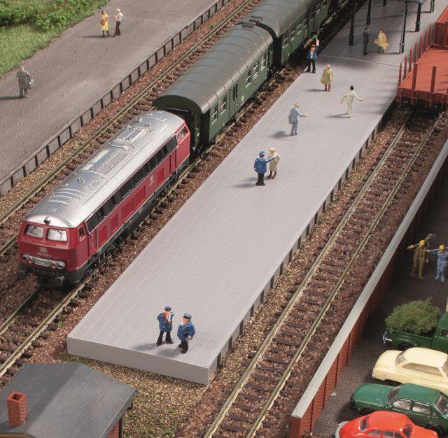 Auhagen 44641 <br/>Bahnsteig ohne Überdachung