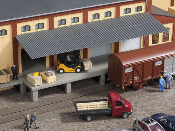 Auhagen 80254 <br/>Rampe mit Dach