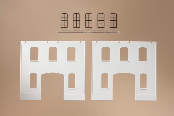 Auhagen 80718 <br/>Wände 2391E geputzt, Industriefenster L 1